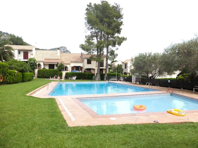 House for 6p. with community swimming pool - Torroella de Montgrí