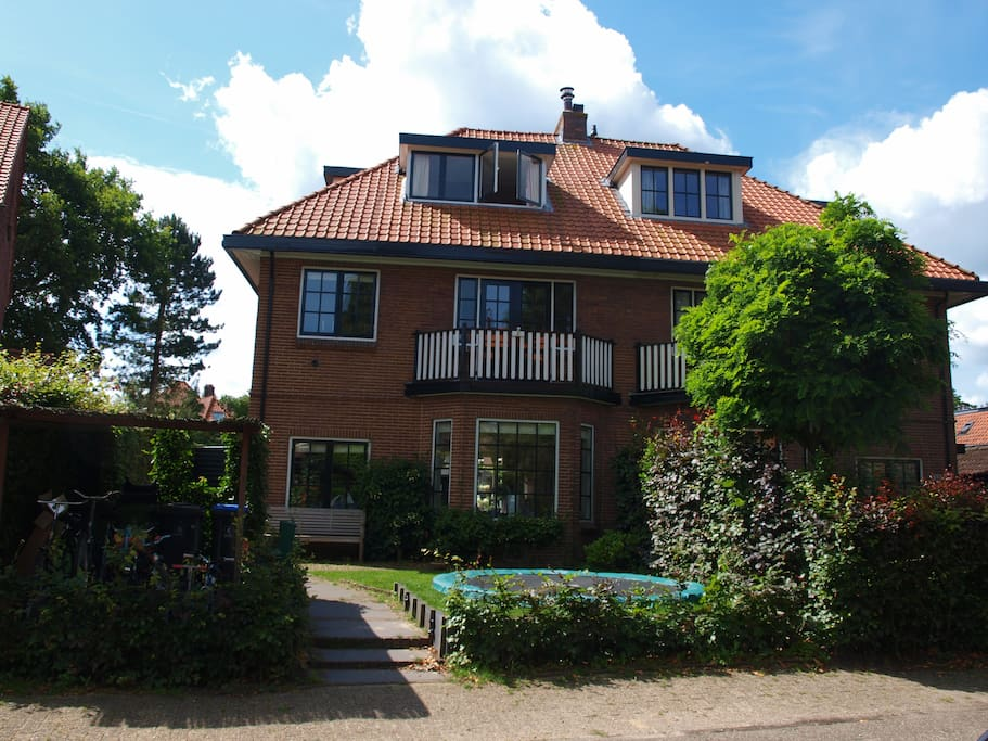 Cosy family house near amsterdam case in affitto a for Case amsterdam affitto
