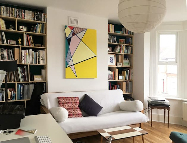 Victorian renovated one bedroom flat - Londra - Daire