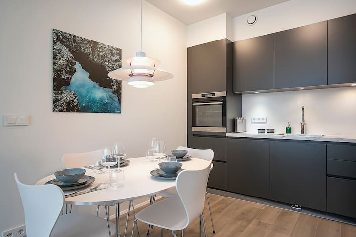 Sif Apartments - 2BR Apartment with  City View