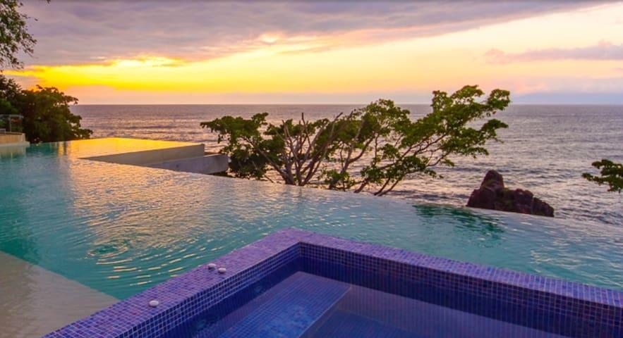 Casa Maya - New Modern 2bed 2bath - Pool is open!
