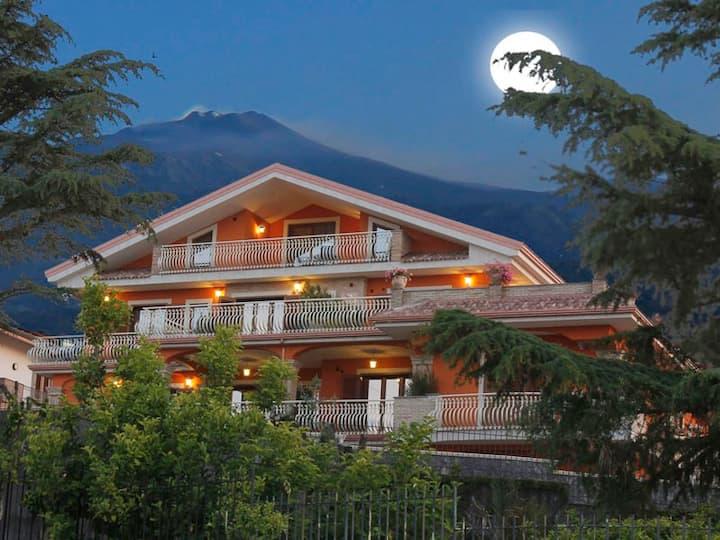 Etna Royal View - Appartamento Trilocale