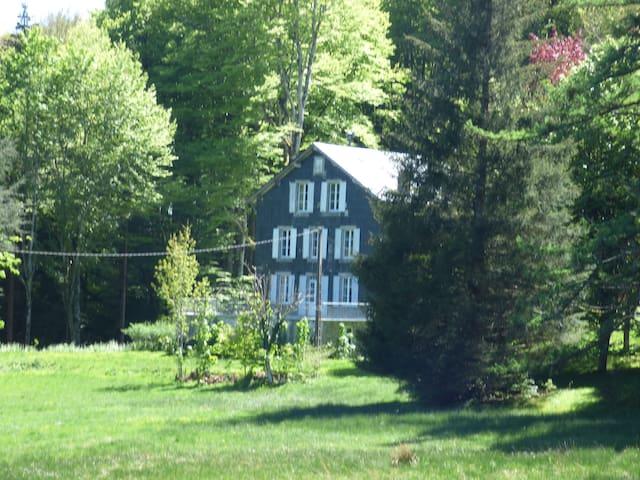 Grande Maison Familliale proche lac - La Salvetat-sur-Agout - Hus