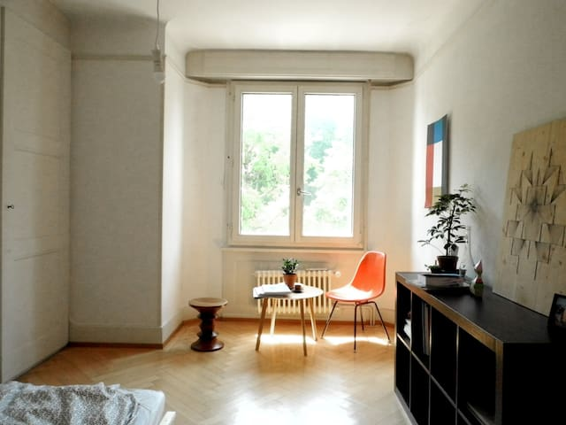 lovely room 5minutes to the station - Lausanne - Apartment