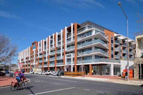 Modern Central Apartment