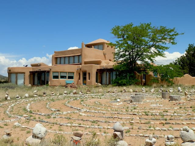 Casa Jupiter, a very distinctive property - Santa Fe - House