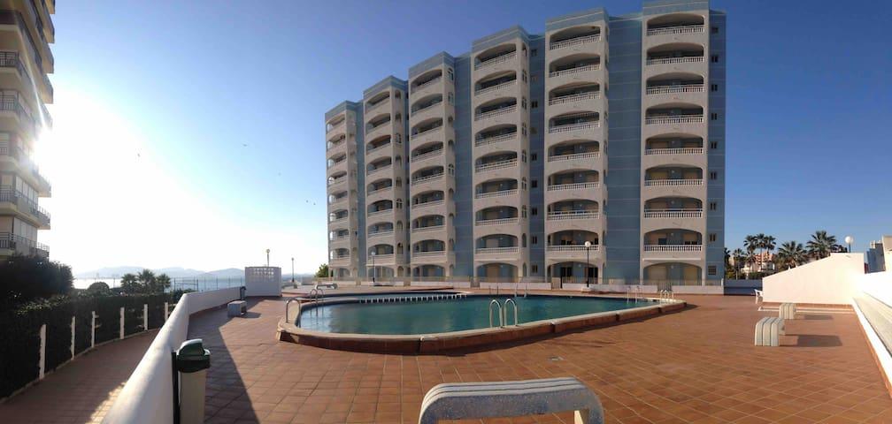Apartamento céntrico y luminoso con vistas al mar