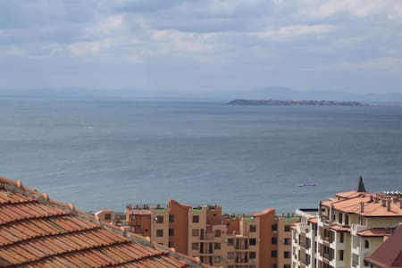 3-Bed Apartment in St. Vlas - Sveti Vlas