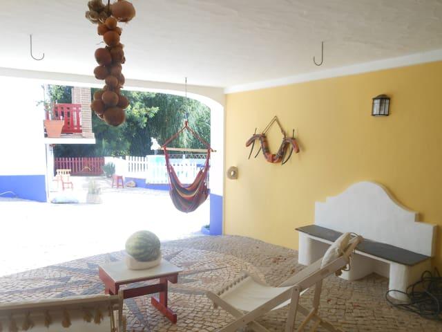 Horta do Laranjal - o Figo - Rio de Moinhos - Bed & Breakfast