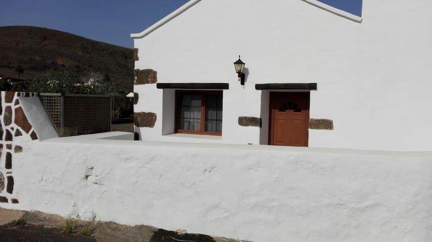 Casa Maguez - Máguez - Talo