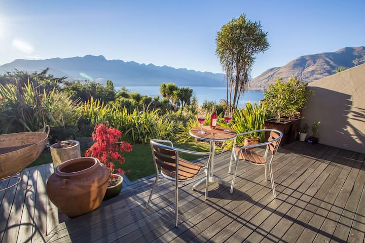 Million Dollar View - imagine waking up to this! - Queenstown - Leilighet