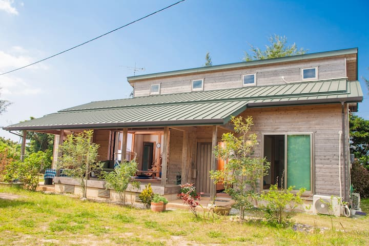 OCEAN VIEW! DISCOVER YOUR SLOW LIFE IN LOG HOME! - Onna, Kunigami District - House
