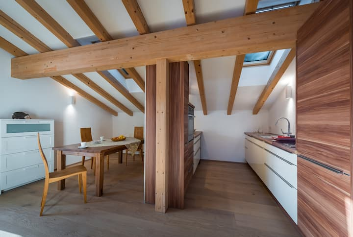 Alpinloft - Modernes Appartement mit Tiroler Flair