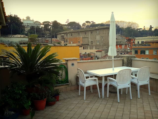 Trastevere Magic View (On RoOfToP!) - Roma - Apartamento