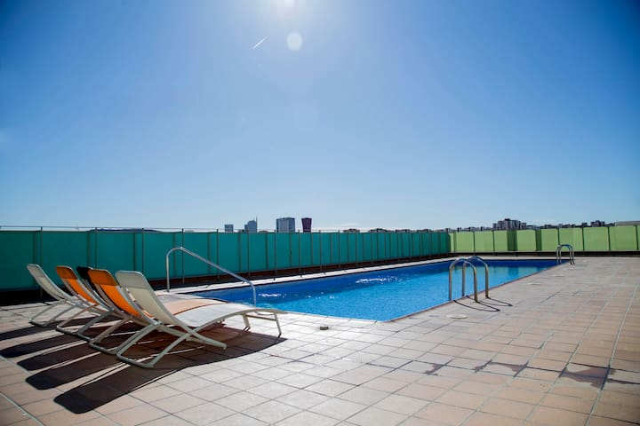 Apartment (6 adults) with terrace and swimmingpool