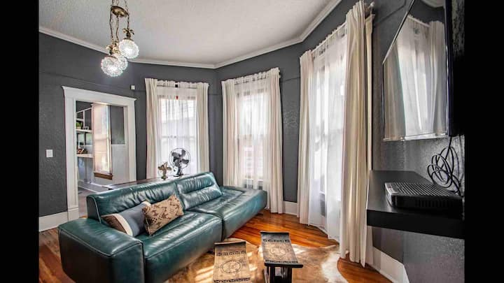 Private and Comfortable Historic Apt