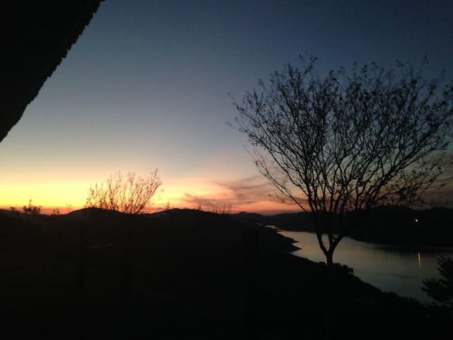Paraíso junto a Represa de Santa Branca