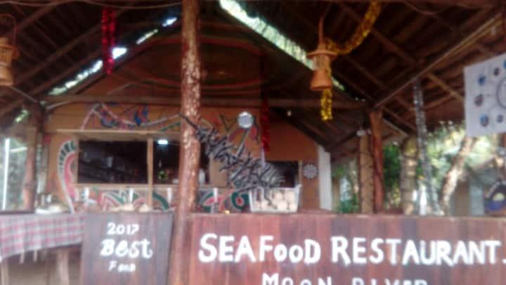 3 Beach cabana
