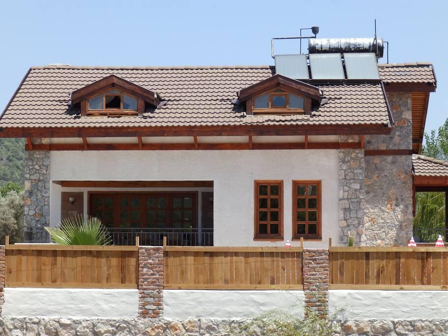Taş Villa Dış Görüntü