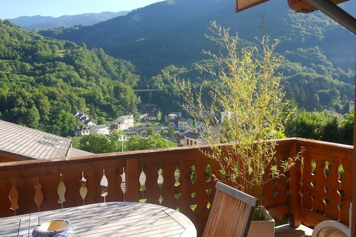 Single room in a pretty house - Brides-les-Bains - Haus