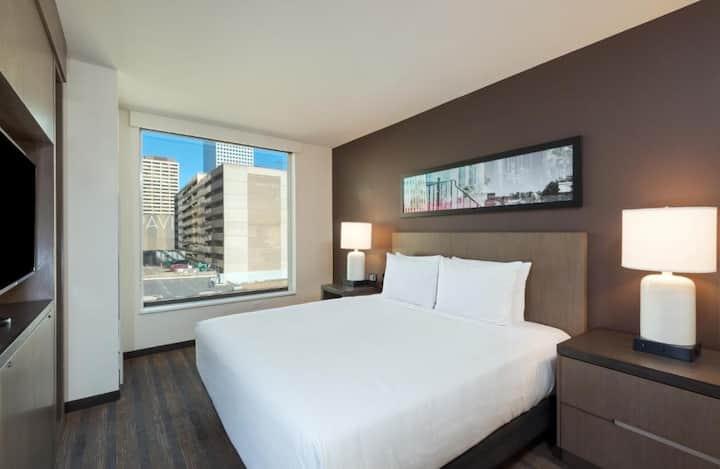 Fabolous Suite Double Bed At Good Location