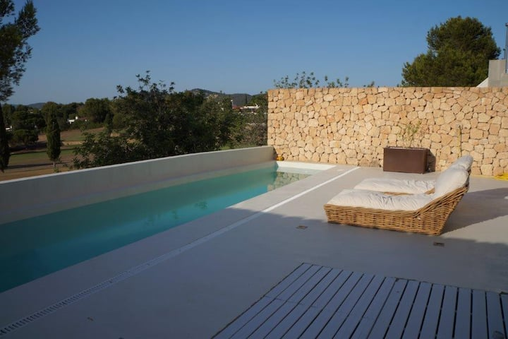 NEW Ibiza house beside golf  1km to beach
