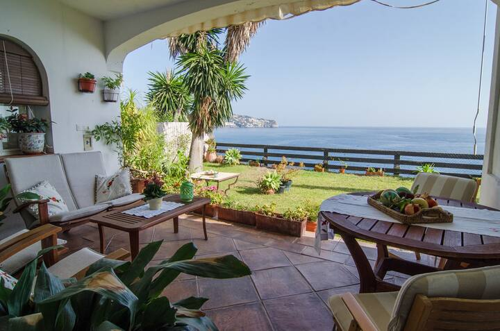 Dream andalusian villa on a cliff over the sea