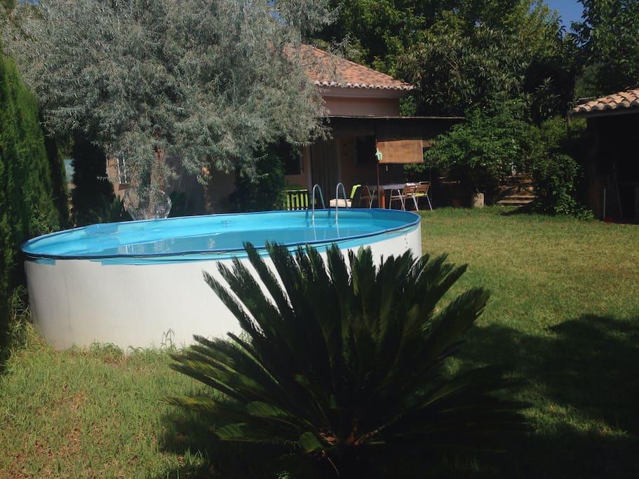 Casa rural con jard n y piscina chalets en alquiler en for Camping con piscina climatizada en comunidad valenciana