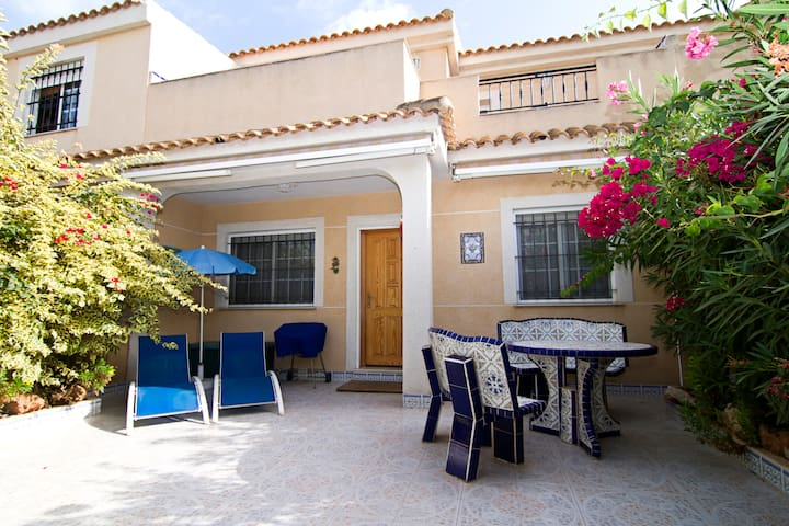 Villa in Estrella de Mar, close to beach and pool - Cartagena - Huis