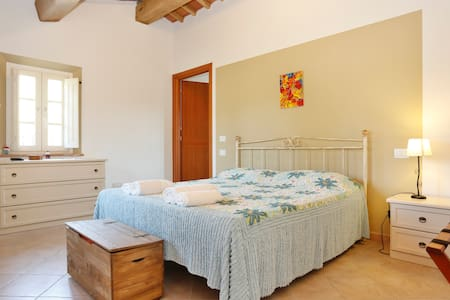 Peaceful B&B ALLORO ( CAPANNORI AREA) - San Martino in Colle