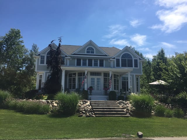 Lakefront Luxury Home