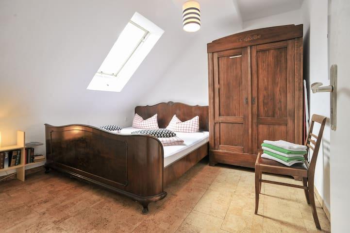 Forststraße Apartment 3 rooms - Stuttgart