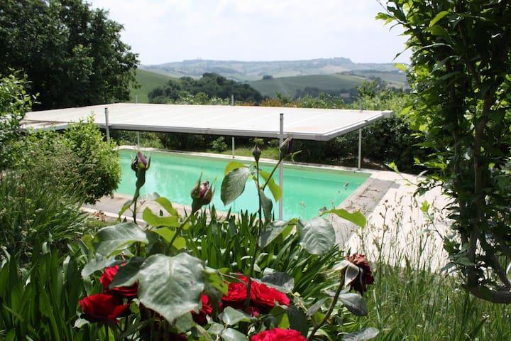 2BR Charming Villa in Le Marche 51 - Mondavio - Huvila