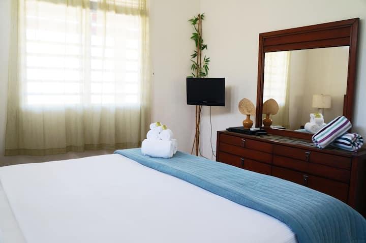 Casa Roja - Coral 1 Bdrm Apt