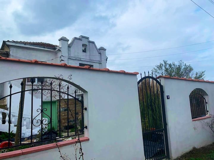 Cosy cottage style home in Burgas area