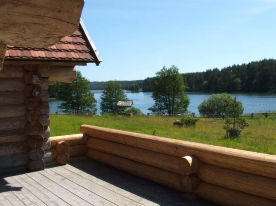 Widok na jezioro Dąbrowskie
