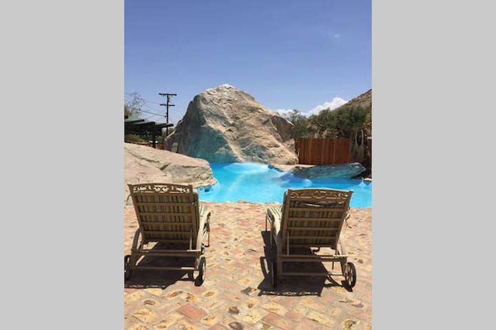 Two Lovely Ranch Homes With Pool - #5&6 - Palm Springs - Haus