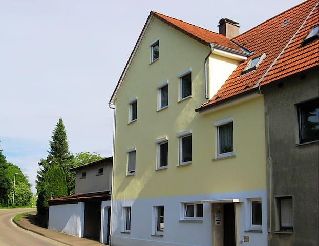 Ferienwohnung Allmersbach am Weinberg