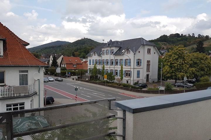 Hübsche Zweizimmerwohnung mit Schlossblick