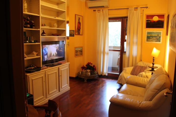 HOUSE TO RENT WITH WIFI CLOSE TO CENTRE OF ROMA