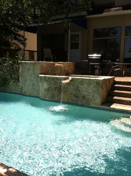 3-level pool. Hot tub, wading pool and swimming pool
