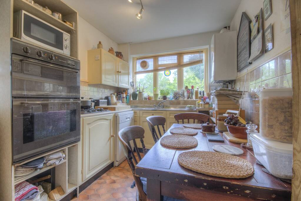 Cosy kitchen overlooks the garden