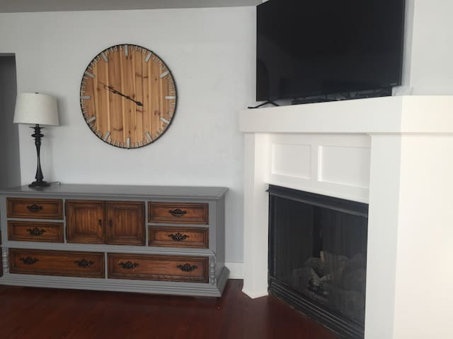 Cozy Duplex in Mesta - Oklahoma City - Apartment