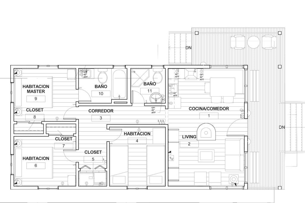 Floor Plan/Plano de la casa