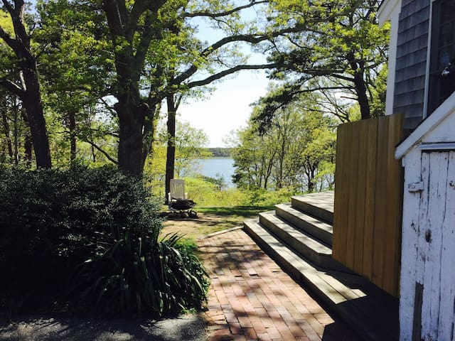 Gorgeous Wellfleet Waterfront 5 bedroom home for rent