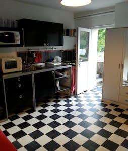 Guyo - Bures-sur-Yvette - Lejlighed