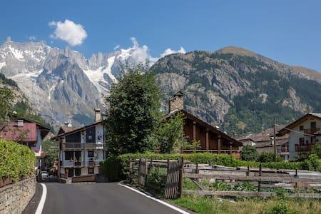Courmayeur Mont Blanc stanza - Courmayeur