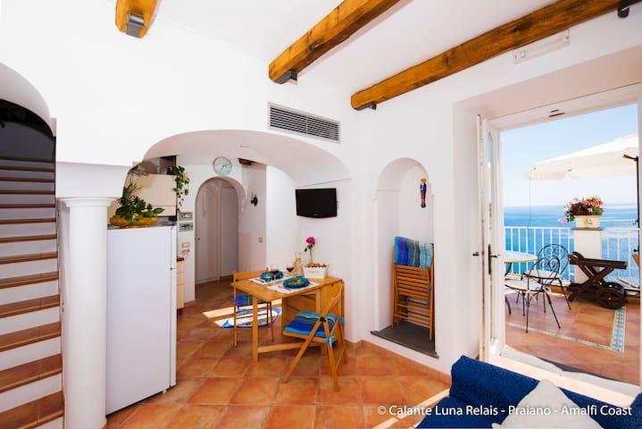 Casa del Sole - CalanteLuna