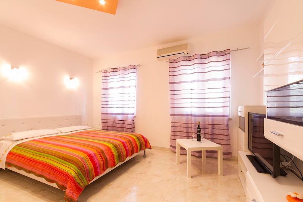 New modern bedroom