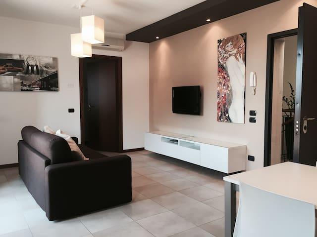 Appartamento curato ed esclusivo - Villafranca di Verona